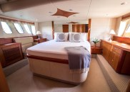 Day Dream Yacht for Rent 4
