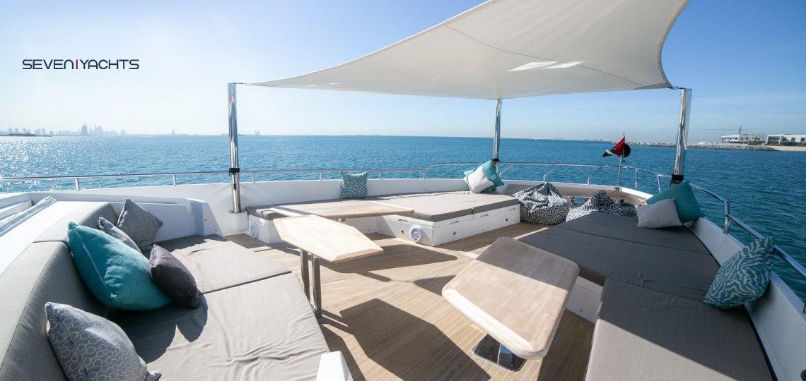 Dolce Vita Yacht Rental 4