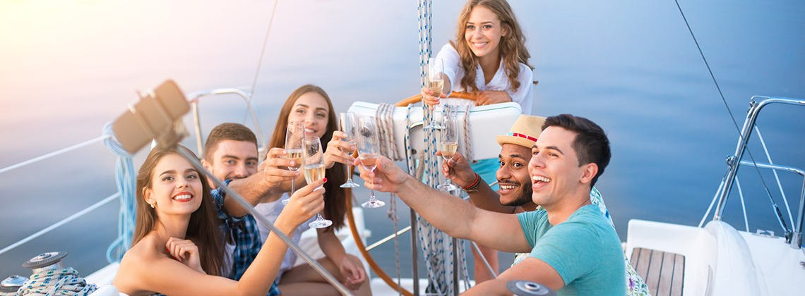 Your Guide to Throw the Perfect Yacht Party