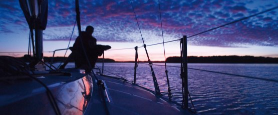 Why night time is amazing for yachting