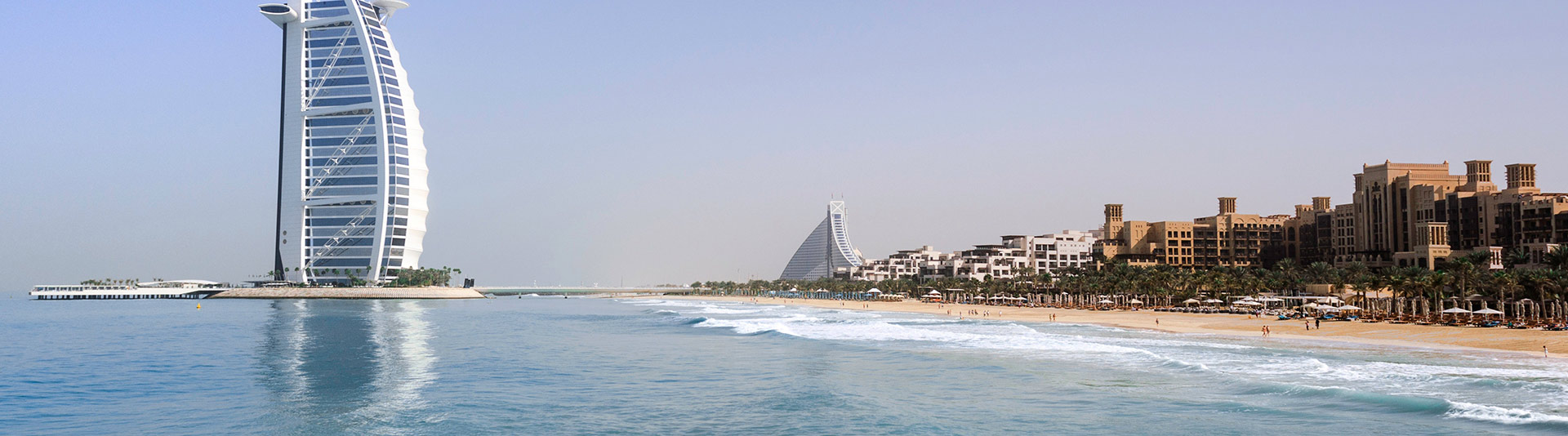 Discover Dubai on a Yacht Rental