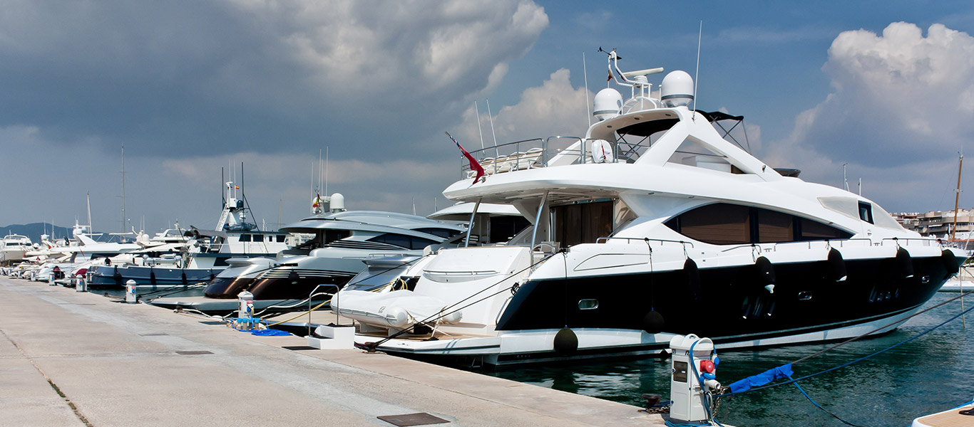 Yacht selection for renting